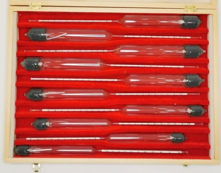 Набор спиртометров в деревянном футляре 10шт